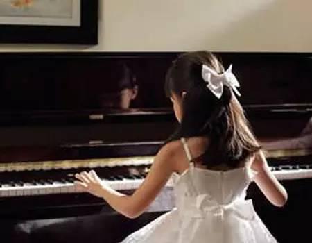 年少有你简谱钢琴