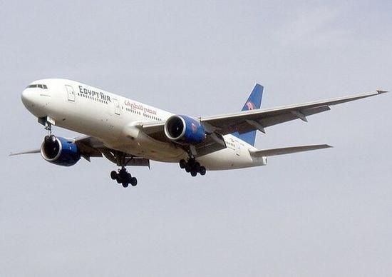 由巴黎飞往开罗的埃航ms804航班客机飞
