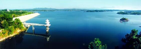 随州大洪山琵琶湖风景区