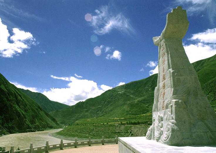 """保护三江源头生态环境 国家公园里的""""新索南达杰"""""""