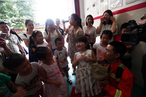 消防教育从娃娃抓起 武汉首届儿童消防作文、