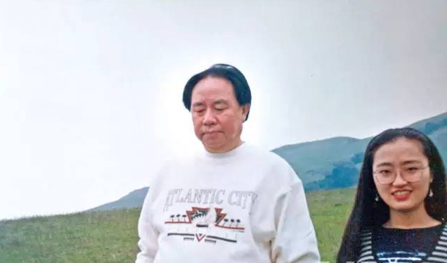 夏宗伟是前南德集团副董事长, 夏宗琼是 牟其中的前妻,也是夏宗伟的