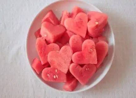 西瓜皮能养生美容 推荐六种健康吃