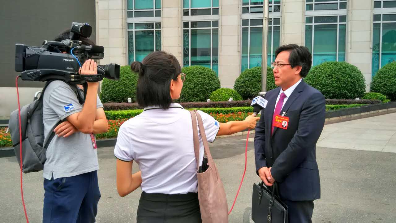 湖北省第十一次党代会今天上午开幕