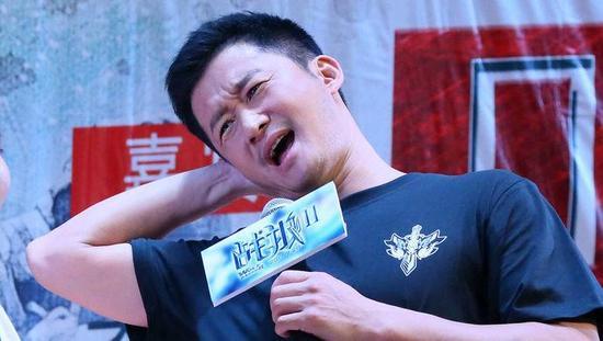 吴京捐款100万元给灾区 网友嫌少逼他捐一个亿