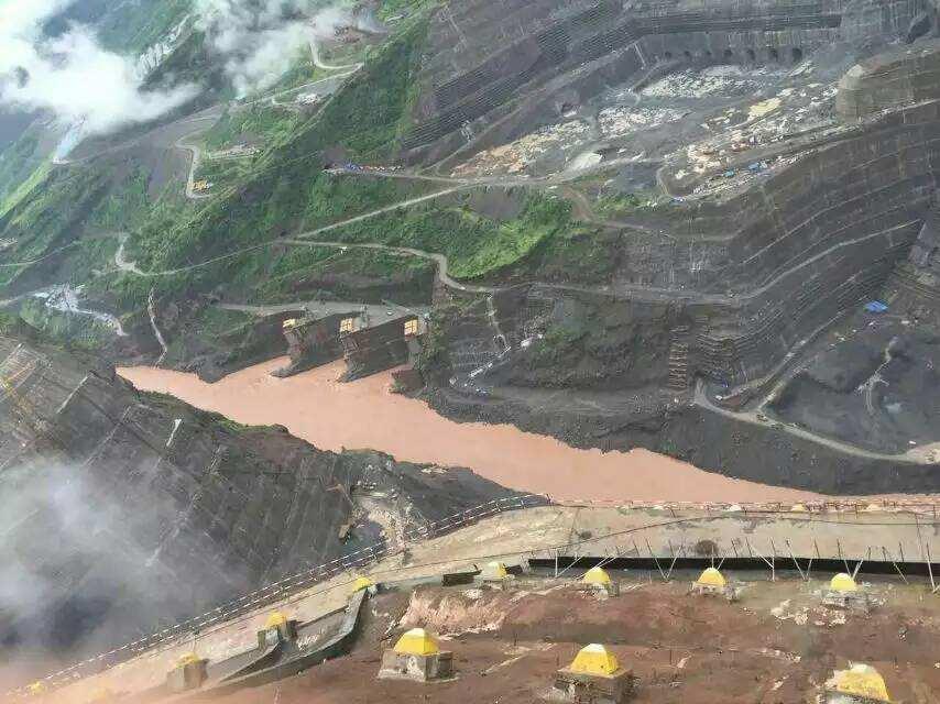 世界第二大水电站白鹤滩水电站主体工程全面建设