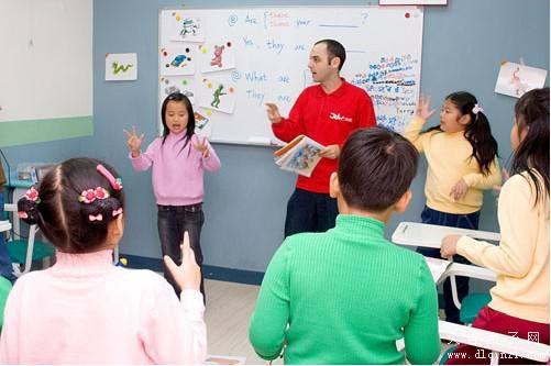 少儿英语培训市场调查:外教多无相关资质证书