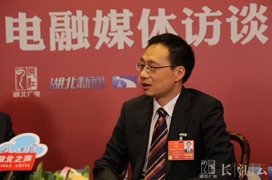 两会V访谈 | 全国人大代表、荆州市长崔永辉亮出城市名片