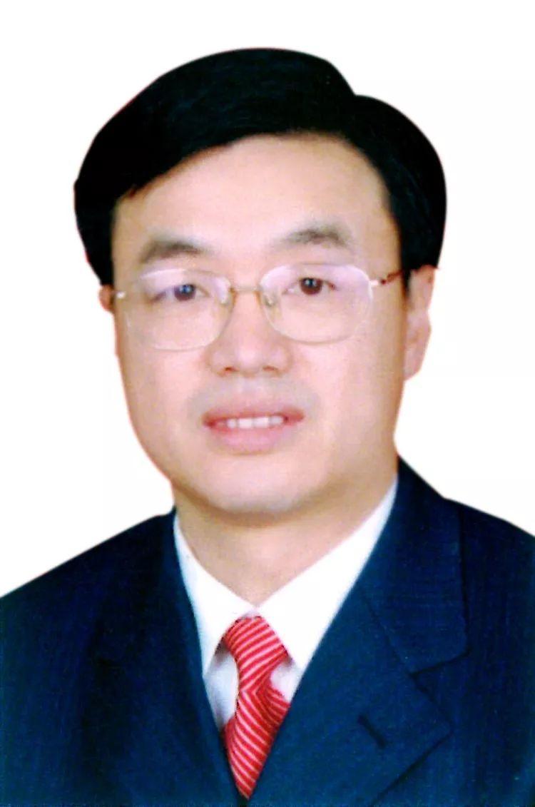 宜昌、十堰选出市人大常委会主任