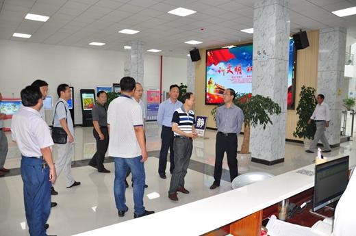 省文化厅及相关厅局领导到罗田检查指导公共文化服务体系建设
