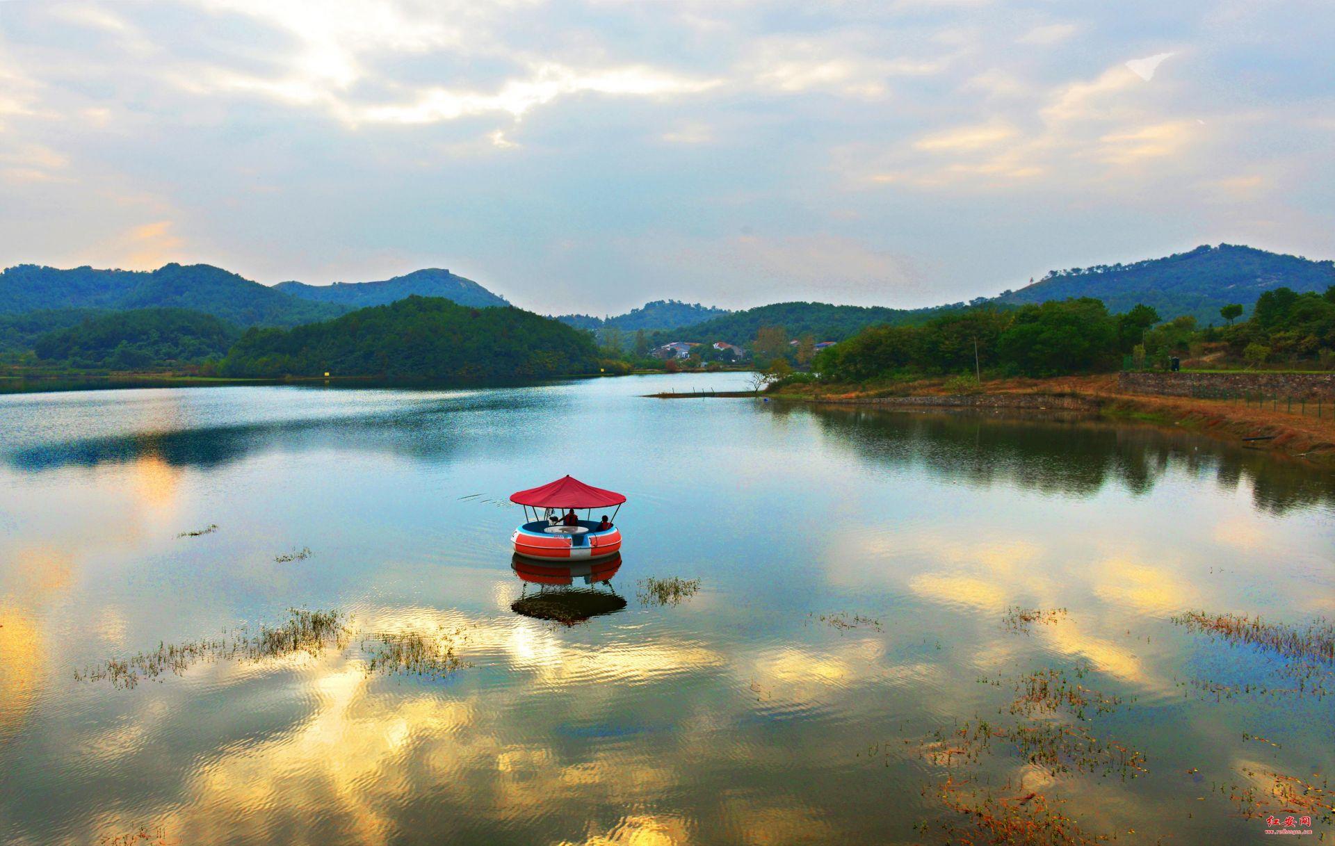 夕映帝王湖