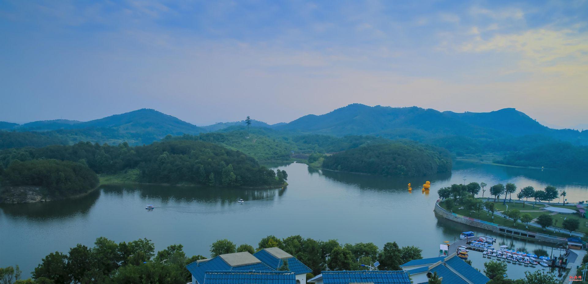 清新龙王湖