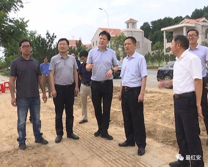红安县9个项目集中开工 总投资17.95亿元