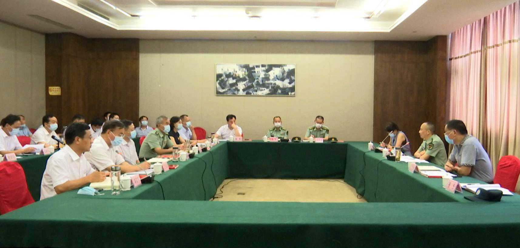 省双拥考核组对红安双拥模范县创建工作进行考核