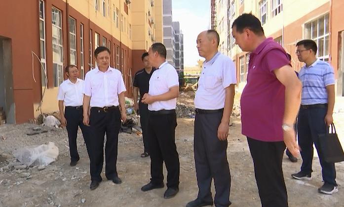 余学武强调:加快重点项目建设 筑牢经济发展底盘