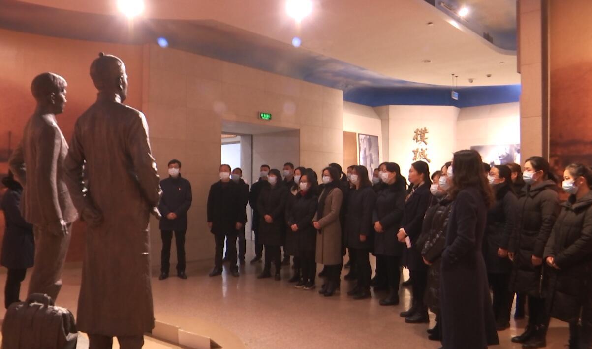 黄麻纪念园管理处举行纪念董必武同志诞辰135周年活动
