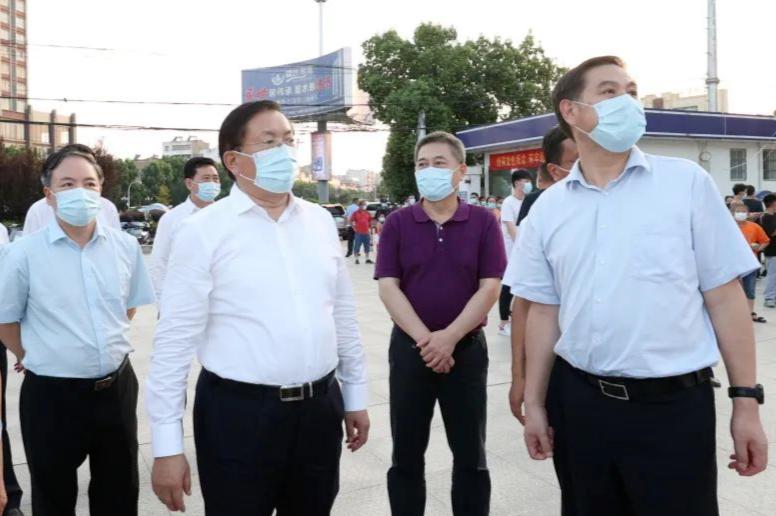 王忠林在红安检查指导疫情防控工作 以最坚决态度最有效...