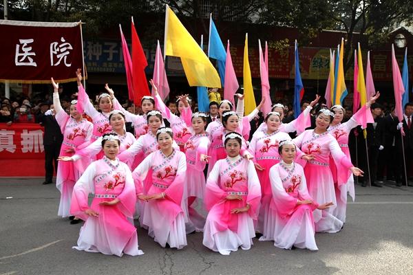 """2017房县""""诗祖故里 文明房县""""民间文艺大巡游"""