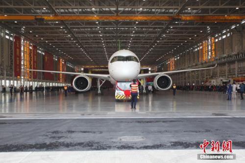 国产大飞机c919明日首飞