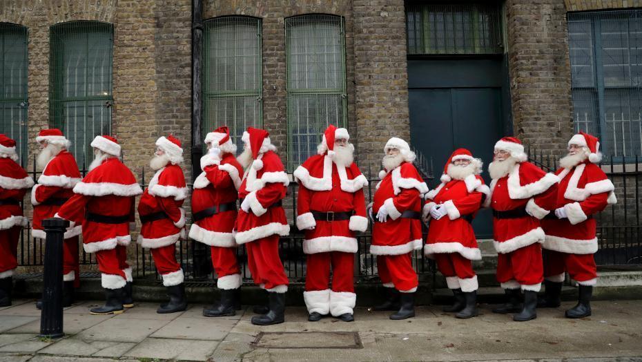 圣诞老人不易当!节前上课接受专业培训