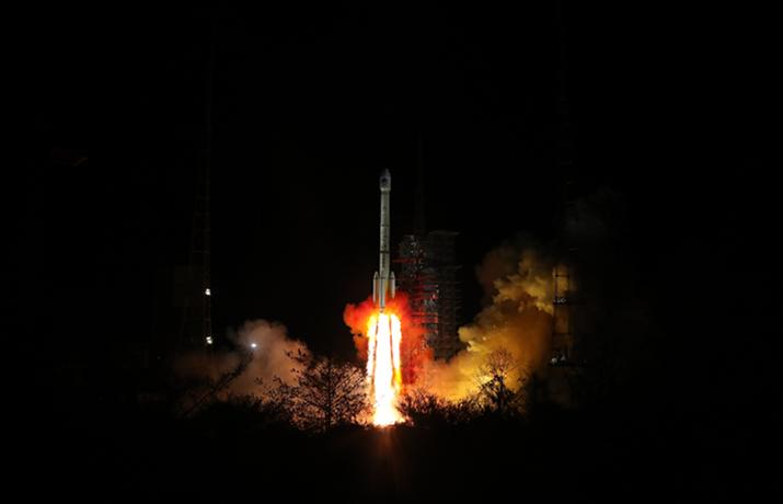 中国深夜成功发射