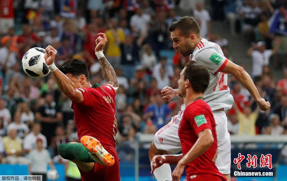 葡萄牙3-3戰平西班牙 C羅上演帽子戲法