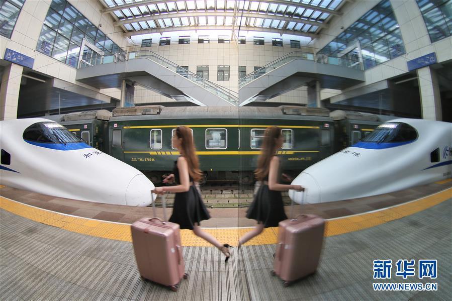 7月1日全国铁路暑运拉开帷幕