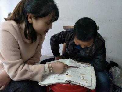 双台乡吉阳小学:为残障儿童送教上门