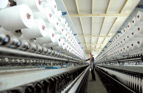 今年6月,湖北枫树线业有限公司的智能化高端缝纫线制造基地项目建成