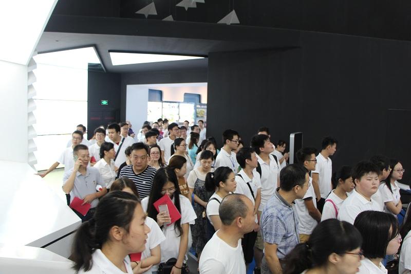 03探访荆门爱飞客文化展示中心.JPG