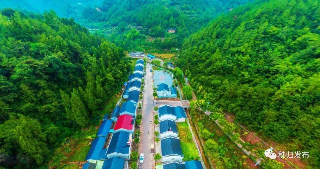 图丨现在的梅家河乡郑家岭村