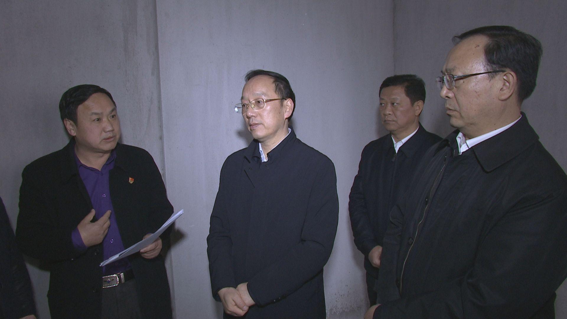 李乐成到襄阳新天地了解群众反映问题