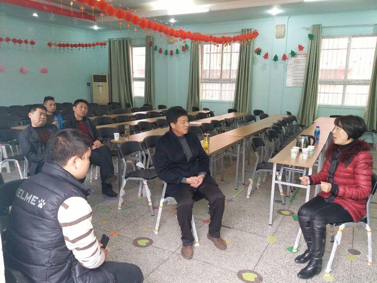 我市组织专班赴武汉,黄冈进行足球教研_安陆