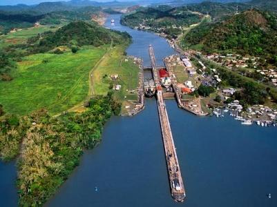 巴拿马运河扩建中