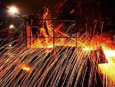 国内钢价震荡中走强 铁矿石连续上涨