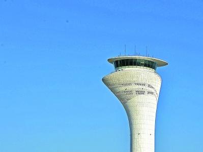 天河机场新航空塔台8月试运营