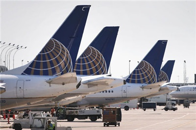 美国一航班因飞行员生病降落盐湖城