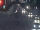湖北襄阳|轿车被对向车道远光灯晃蒙发生侧翻