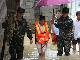 咸宁崇阳县多处居民楼被淹 消防官兵营救5名被困群众