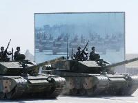 庆祝建军90周年阅兵举行