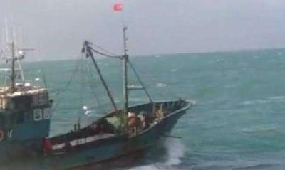 韩仁川附近海域疑似中国渔船倾覆 中方:发现3遇难者遗体