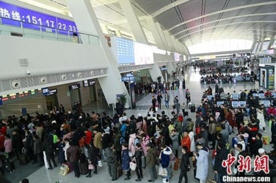 铁路迎返程客流高峰 今日预计发送旅客1180万人次