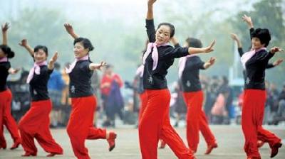 10大广场舞神曲 《最炫民族风》居首