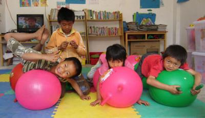 问新闻|湖北儿童健康行  关注贫困儿童