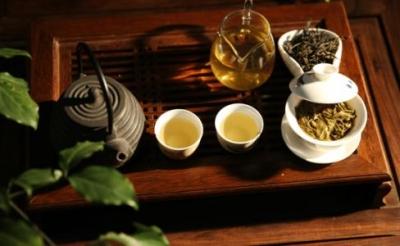 光明日报:莫让天价茶毁了大师的名头