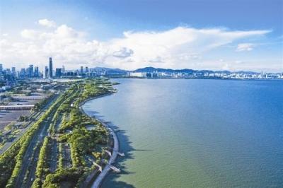 武汉布设41条水体提质公示牌 市民随时监督身边河流水质