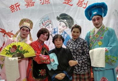 重阳节|为让经典永流传 武汉20多位老人自建楚剧团走马灯式社区联演
