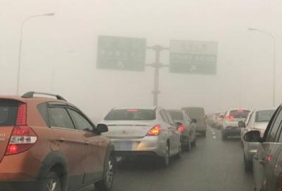 霜降日,大雾突然到访!湖北多地能见度小于200米,为啥?