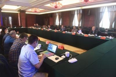 省厅召开沿江高速洪湖至武汉段推进工作座谈协调会