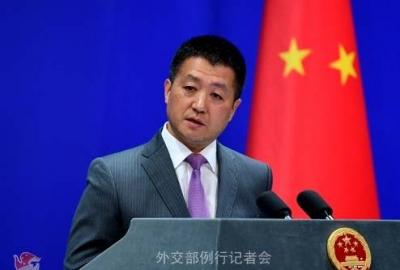 """美称中国在南海进行""""军事化"""" 外交部:完全倒打一耙"""